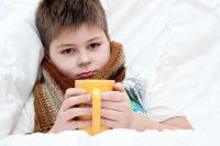Чем лечить красное горло у ребенка
