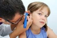 Как лечить, если болит ухо
