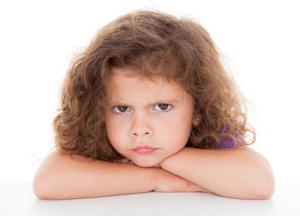 как закапать камфорное масло в ухо ребенку