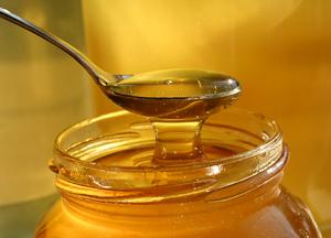 мед полезен при фарингите