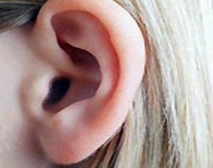 прокол хряща уха последствия