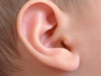 как промыть уши в домашних условиях