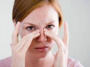 при насморке идет кровь из носа